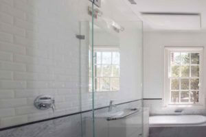 interior-bathroom-painting-sydney