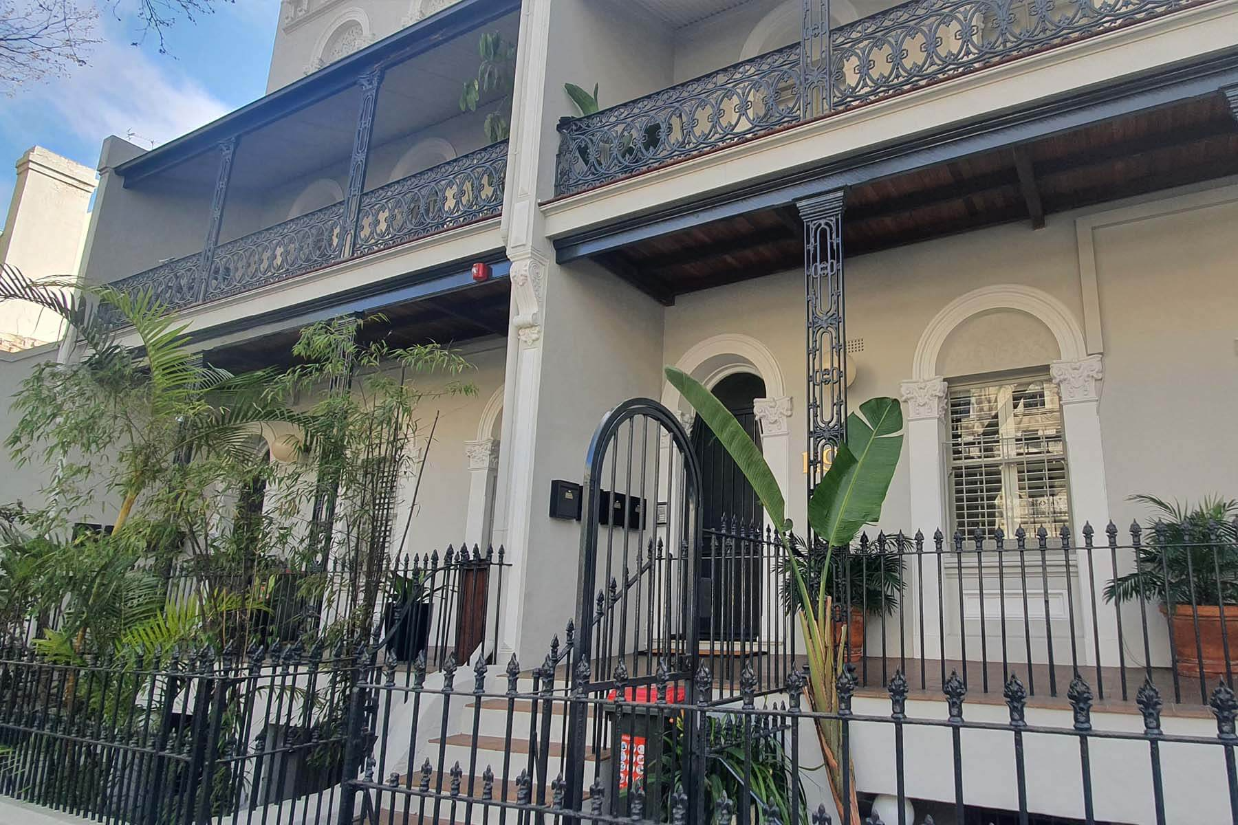 119-victoria-street-potts-point-front-view