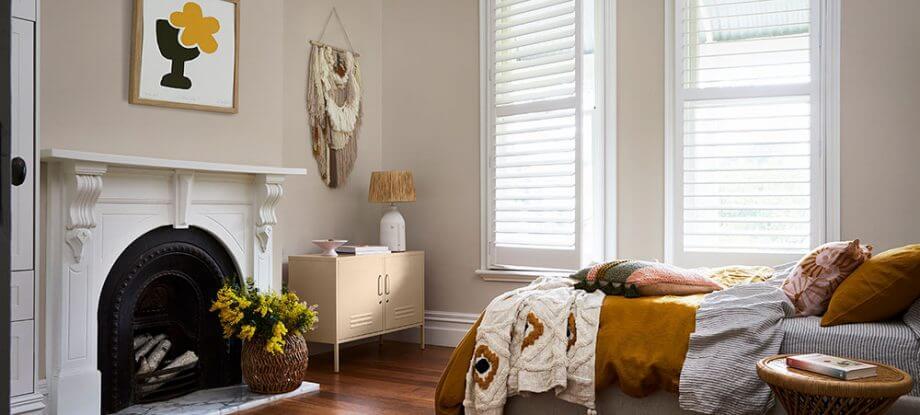 nourish-image-bedroom-fireplace