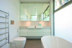 white-interior-bathroom